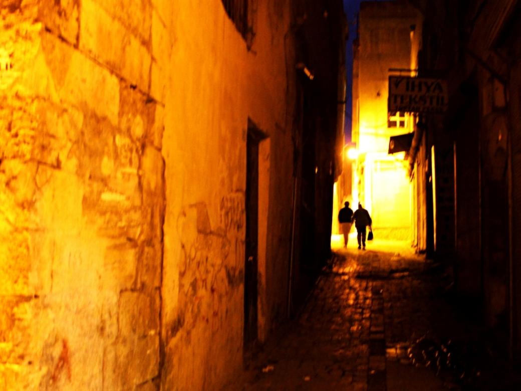 Dim Alleys