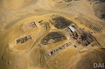 Aerial view of the Göbekli Tepe excavations. (Photo: German Archaeological Institute, Erhan Kücük)