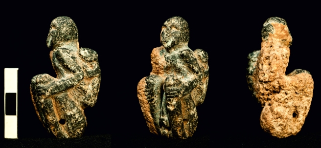 The seated figurine from Göbekli Tepe (copyright DAI, Photo N. Becker).